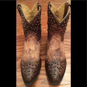 FRYE Billy Studded Short Boot Tan/Brown Sz 6.5